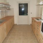 Une cuisine à disposition avec la salle