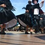 Les jupons des costumes bretons s'envolent !